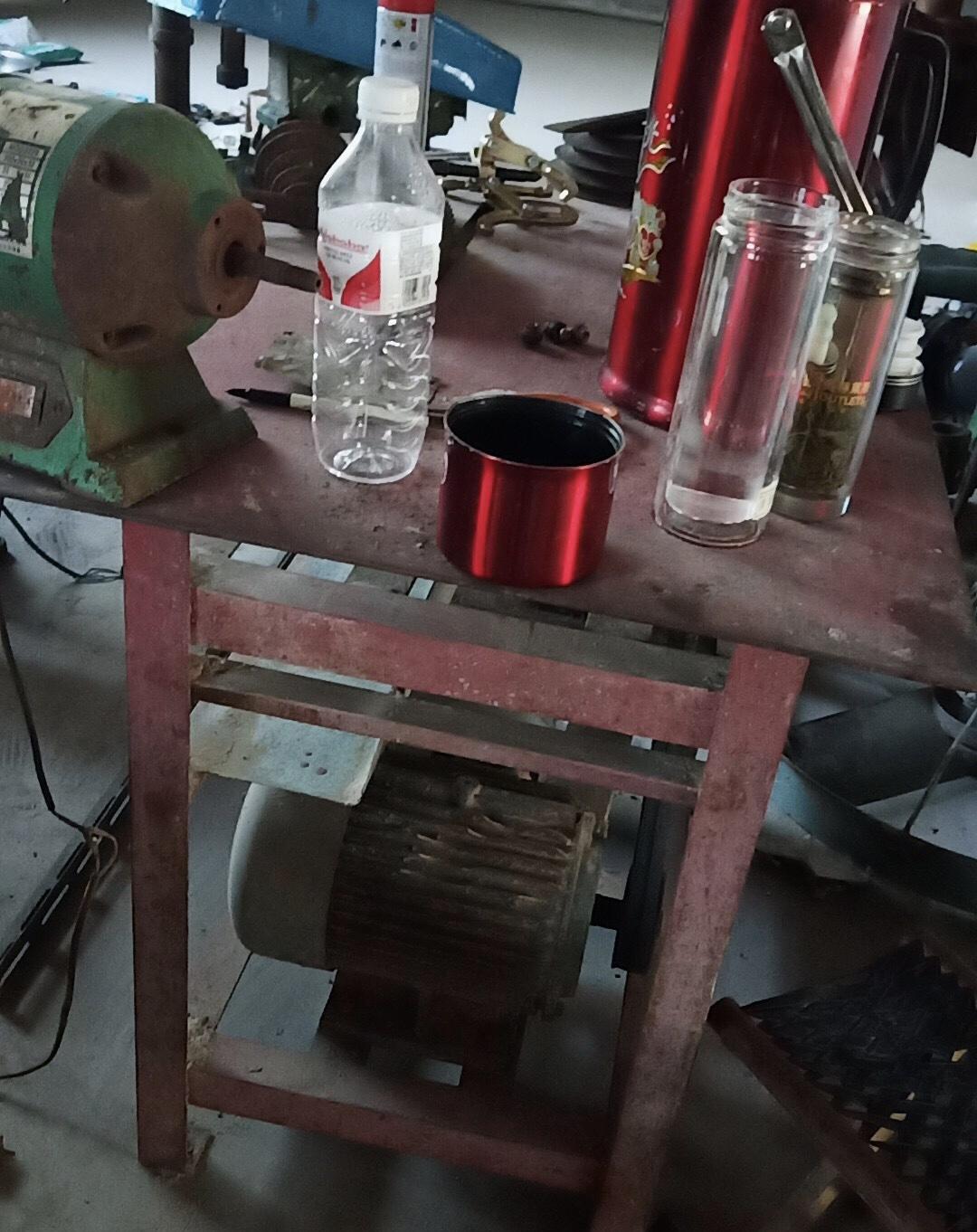 转让台式木工锯,4千瓦三相电动机,正常使用